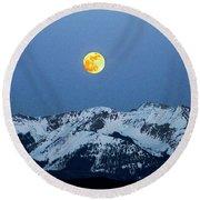 Moon Over Mt Gunnison Colorado Round Beach Towel