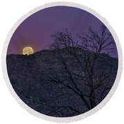 Moon Set At Sunrise Round Beach Towel