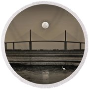 Moonrise Over Skyway Bridge Round Beach Towel