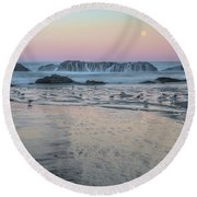 Moonset At Seal Rock Round Beach Towel