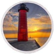 Morning At The Kenosha Lighthouse Round Beach Towel
