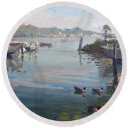 Morning At The Shores Round Beach Towel