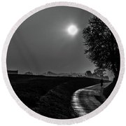 Morning Dew Bw Round Beach Towel