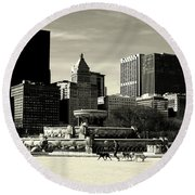 Morning Dog Walk - City Of Chicago Round Beach Towel