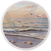 Morning Glisten Round Beach Towel