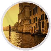 Morning In Venice Sepia Round Beach Towel