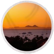 Round Beach Towel featuring the photograph Morning Mist by Scott Carruthers
