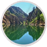 Morrow Point Reservoir Round Beach Towel