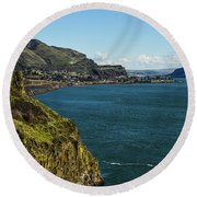 Mossy Cliffs On The Columbia Round Beach Towel