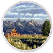 Moulton Barn At The Grand Tetons Round Beach Towel