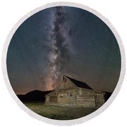 Moulton Ranch Cabin Milky Way On Mormon Row Round Beach Towel