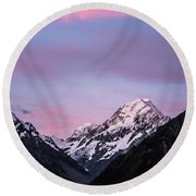 Mount Cook Sunset Round Beach Towel