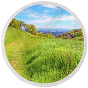 Mount Wanda Digital Watercolor Round Beach Towel