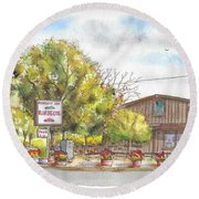 Mountain View Barbeque In Walker, California Round Beach Towel