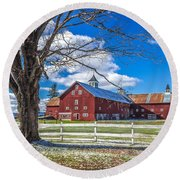 Mountain View Barn Round Beach Towel