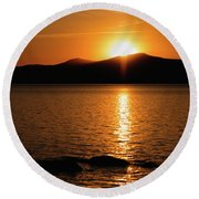 Mountains And River At Sunset Round Beach Towel