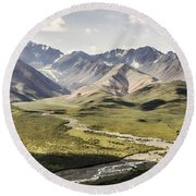 Mountains In Denali National Park Round Beach Towel