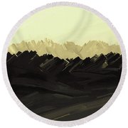 Mountains Of The Mohave Round Beach Towel