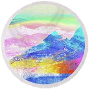 Move Mountain Round Beach Towel