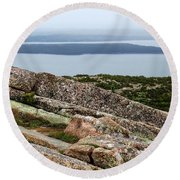 Mt. Destert Island View Round Beach Towel
