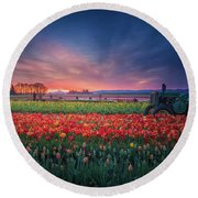 Round Beach Towel featuring the photograph Mt. Hood And Tulip Field At Dawn by William Lee