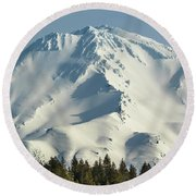 Mt Shasta In Early Morning Light Round Beach Towel