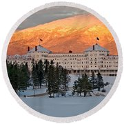 Mt. Washinton Hotel Round Beach Towel