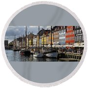Round Beach Towel featuring the photograph Mug - Nyhavn by Inge Riis McDonald