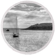Mullion Island Round Beach Towel