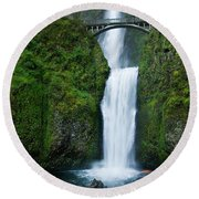 Multnomah Falls Round Beach Towel