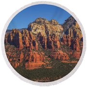 Munds Mountain Panorama Round Beach Towel