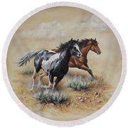 Mustang Glory Round Beach Towel