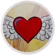 My Heart Has Wings Round Beach Towel