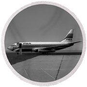 N462gb, Boeing 737-293, Long Beach, California, Lgb Round Beach Towel by Wernher Krutein
