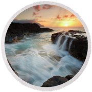 Na Pali Sunset Round Beach Towel