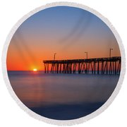 Nags Head Fishing Pier Sunrise Round Beach Towel