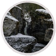 Nairn Falls, Winter Round Beach Towel