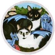 Nami And Rookia's Dragons - Tuxedo Cats Round Beach Towel