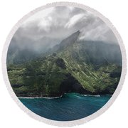 Napali Coast In Clouds And Fog Round Beach Towel