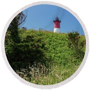Nauset Lighthouse With Daisies Cape Cod Round Beach Towel