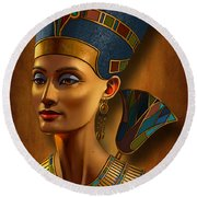 Nefertiti Egyptian Queen On Papyrus Round Beach Towel