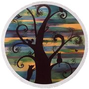 Neighborhood Tree Round Beach Towel