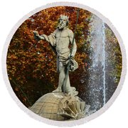 Neptune Fountain Madrid Round Beach Towel