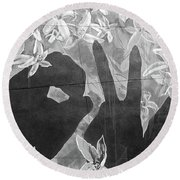 Round Beach Towel featuring the photograph Never Forget by Juergen Weiss