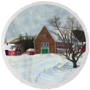New Hampshire Farm In Winter Round Beach Towel