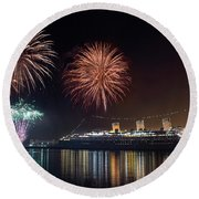 New Years With The Queen Mary Round Beach Towel