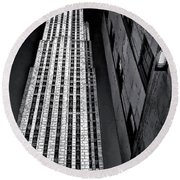 New York City Sights - Skyscraper Round Beach Towel