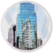 New York In Reflection Round Beach Towel