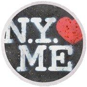 New York Loves Me Stencil Round Beach Towel