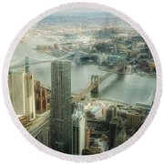 New York View Of East River Round Beach Towel